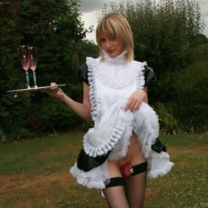 sammi valentine the naughty maid